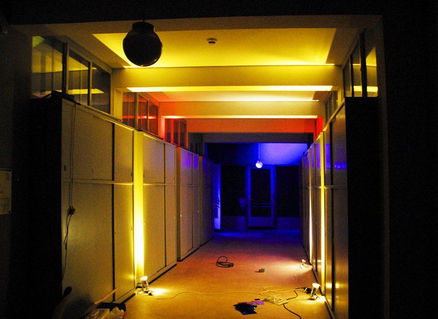 bauhaus forschungslabor farbe licht raum prof dr axel buether. Black Bedroom Furniture Sets. Home Design Ideas